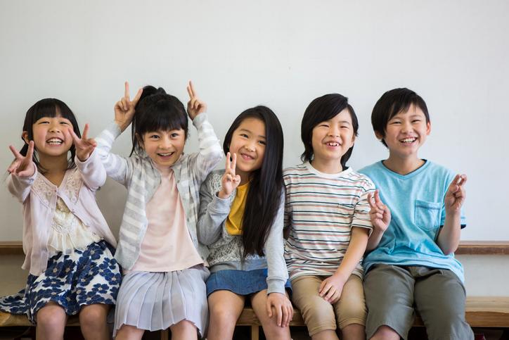 第26回 いつも同じ友達とばかり遊びたがる子がいて、誘われた子はほかの子と遊べなくて困っています。どのように声かけをすればいいでしょうか?