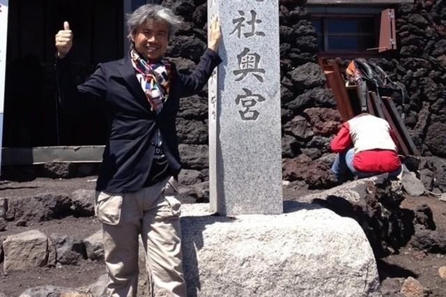 """紳士服の社長が""""スーツ""""で富士山に?!ビジネスで周囲を巻き込む術"""