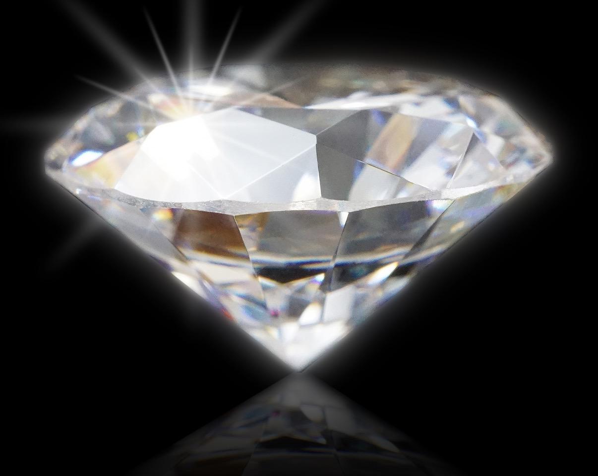 天然の輝きを格安で……いま日本でヒートアップする合成ダイヤモンド市場