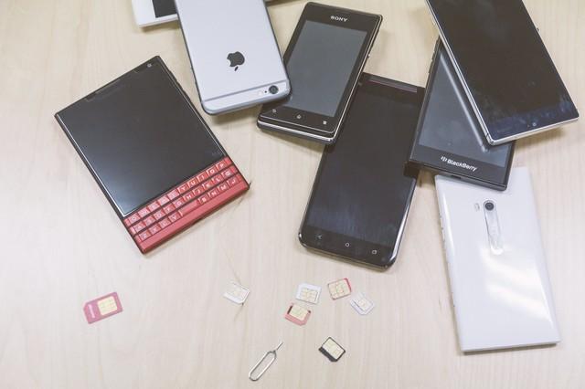 今秋の改正法施行と楽天参入で、波乱含みの展開が予想される携帯電話市場
