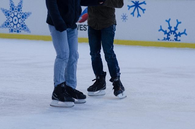 今日は何の日 12月25日は「スケートの日?」