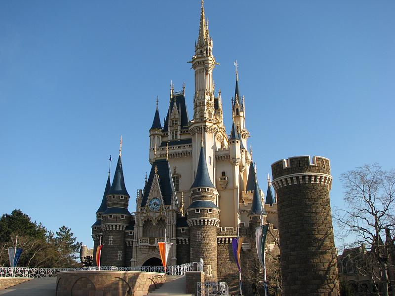 今日は何の日 4月15日は「東京ディズニーランド開園記念日」
