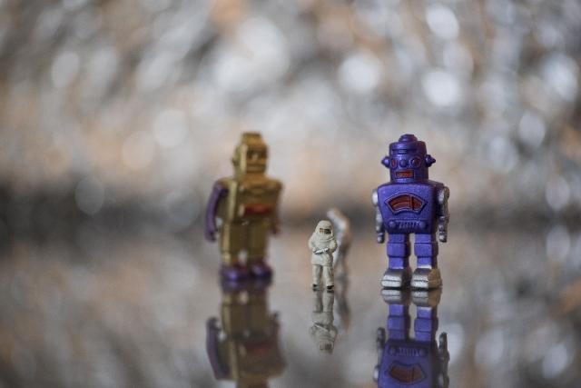 なぜロボットはコップを持てないのか(人にはどんな仕事が残るのか)?