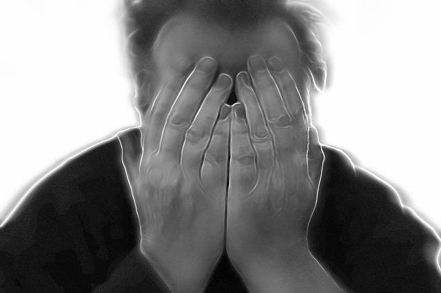 管理職の危機対応「パワハラ・セクハラと好意の線引き」