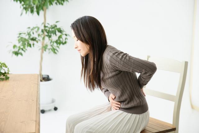 【薬剤師監修】生理痛の薬の選び方!効き目の強さと早さの違いは?