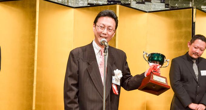 最高位戦第40期就位祝賀パーティー 新津潔代表が就任20年