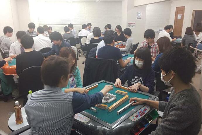 最高位戦の浅井と男澤がスコアを伸ばして本戦進出 本戦は来年1月3日放送 第2期麻雀の頂朱雀リーグ 予選最終節結果