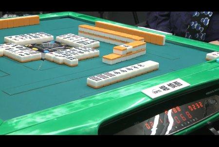 堀慎吾が4連勝を含む5連帯で+264.7ポイントと大きなリード 5回戦では三倍満和了も/第18期雀王決定戦 1日目結果