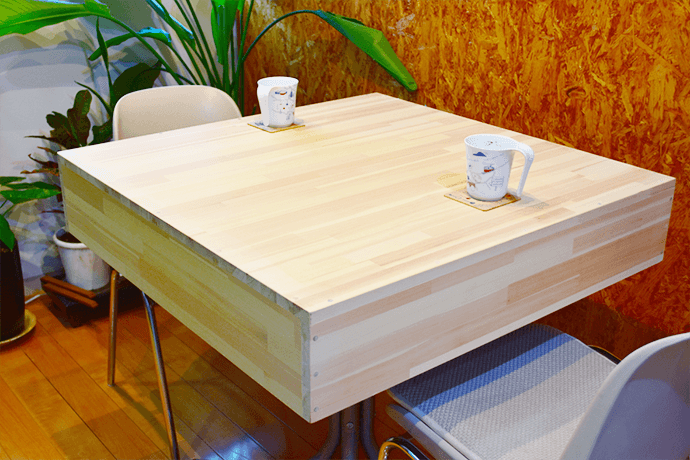 麻雀卓があっという間におしゃれなカフェテーブルに変身!全自動麻雀卓用ウッドカバー販売中!