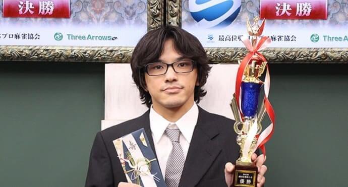 プロ入りからタイトルを獲得し続けるルーキー・平野透プロの魅力に迫る