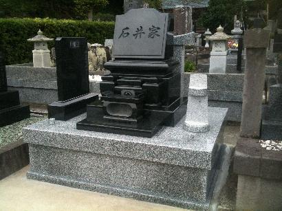 洋型墓石1