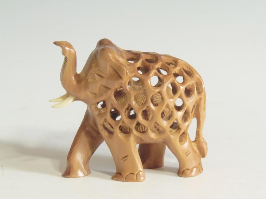 木彫り置物 象
