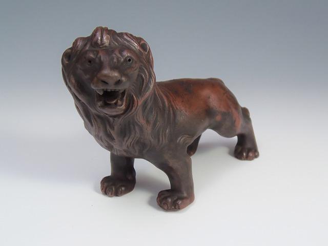 ライオン置物