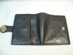 グッチ財布クリーニング