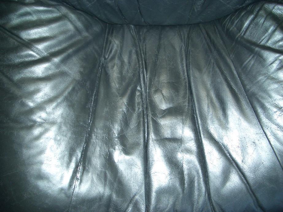 革張りのソファ修理例 施工後