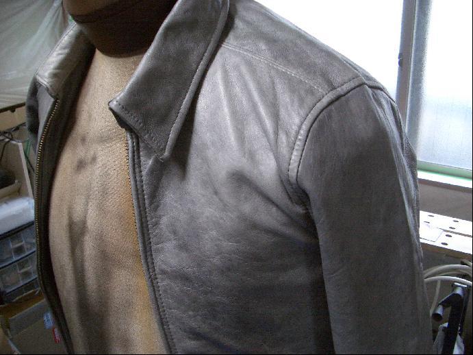 レザージャケットの色替え・リカラー 修理例 施工前