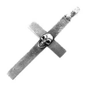 ガボール スカル オン クロス ペンダント画像