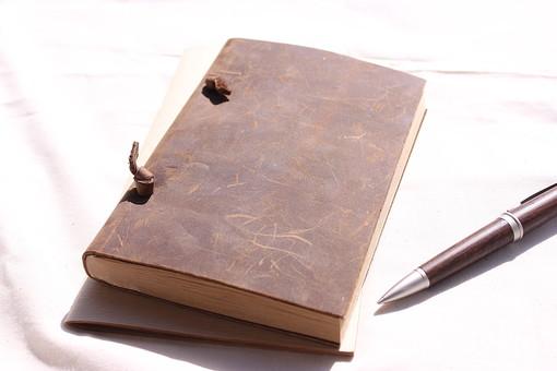 手帳の使い方で人生が変わる?毎日が楽しくなる手帳フル活用術