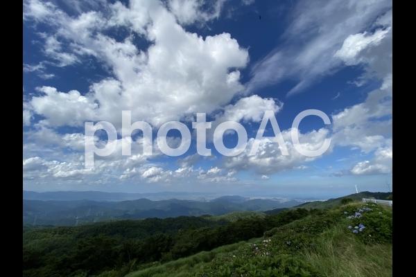 https://s3-ap-northeast-1.amazonaws.com/img.photo-ac/55/557bf669b477785dacad351c3ed613f3_w.jpg