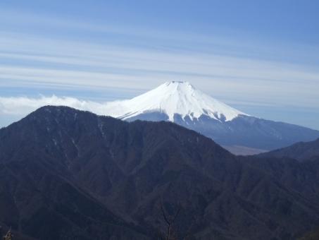 道志山地からの富士山の写真