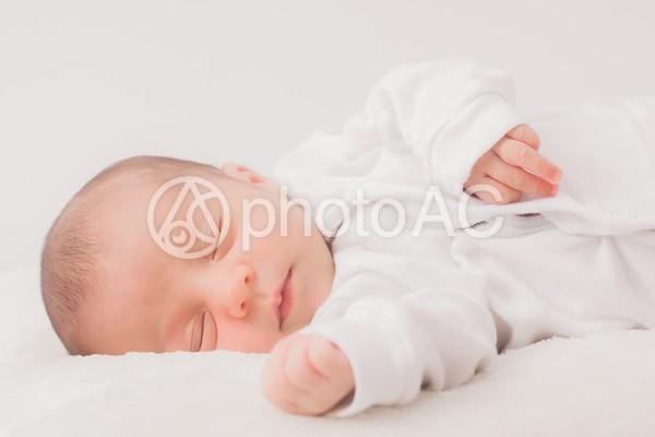 眠る赤ちゃん5の写真
