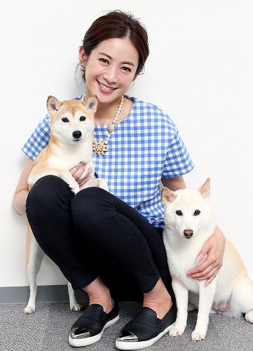 高垣麗子とワンコの3ショット