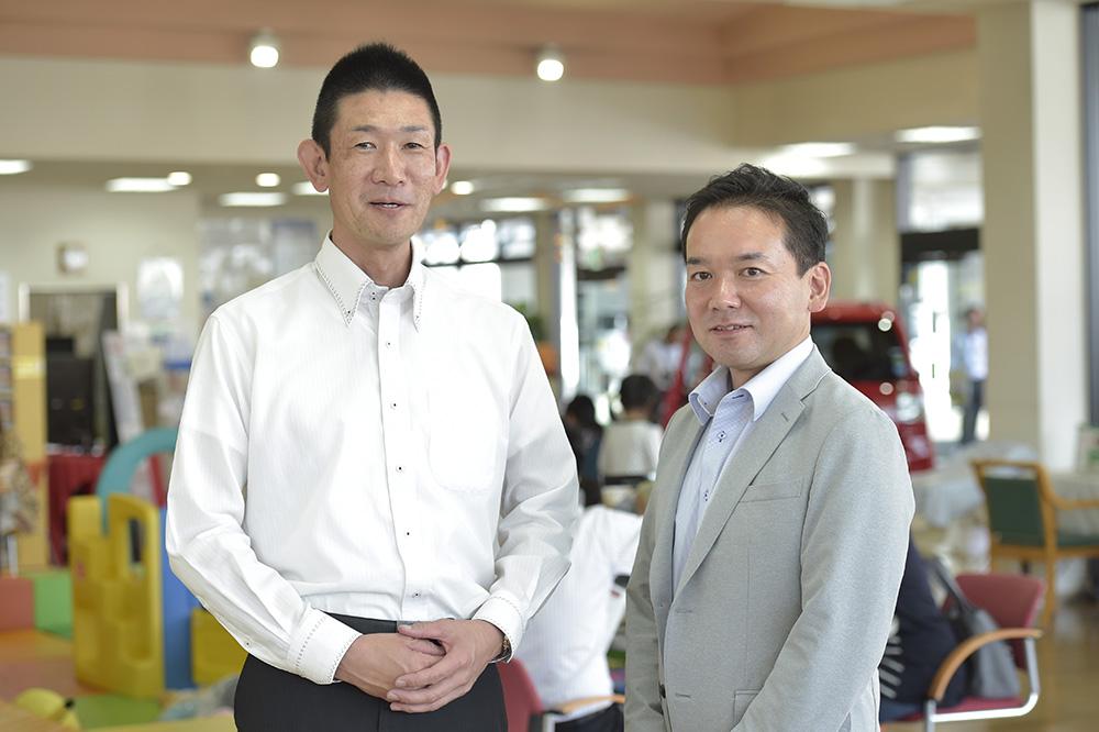店長の五嶋さん(右)と企画に携わった藤井さん(左)