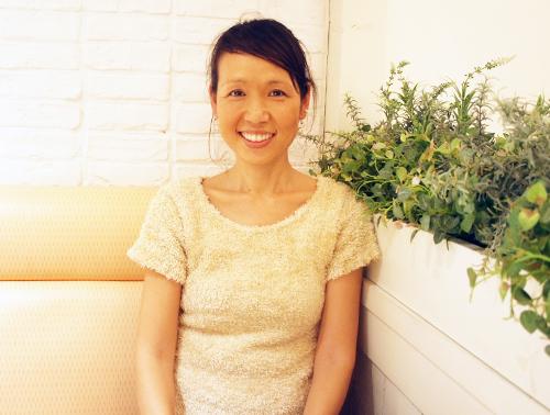 愛犬ロキシーのフォトブックを出版したスエノブ由美子さん