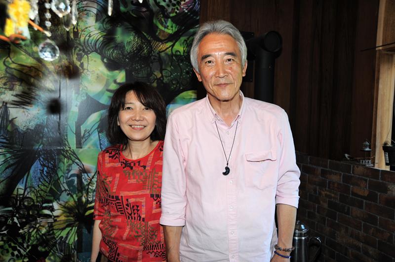 里山カフェ「そらいろのたね」を運営する青江さん夫婦