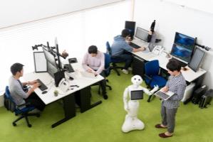 株式会社ユニキャストの【ソフトウェアエンジニア】WEB,モバイル,ロボットなど幅広い開発に携りたい!のサムネイル画像
