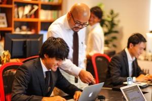 株式会社プラスクラスの1、2年生歓迎!圧倒的成長を求める学生が集まる場!のサムネイル画像