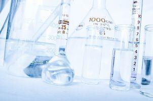 【化学メーカー業界研究】化学メーカー各社を比較してみました。のサムネイル画像
