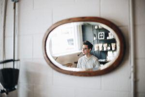 インターンに参加する際の髪型で気をつけたいポイント【体験談あり】のサムネイル画像