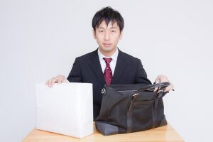 就活で使うべき鞄をご紹介!のサムネイル画像