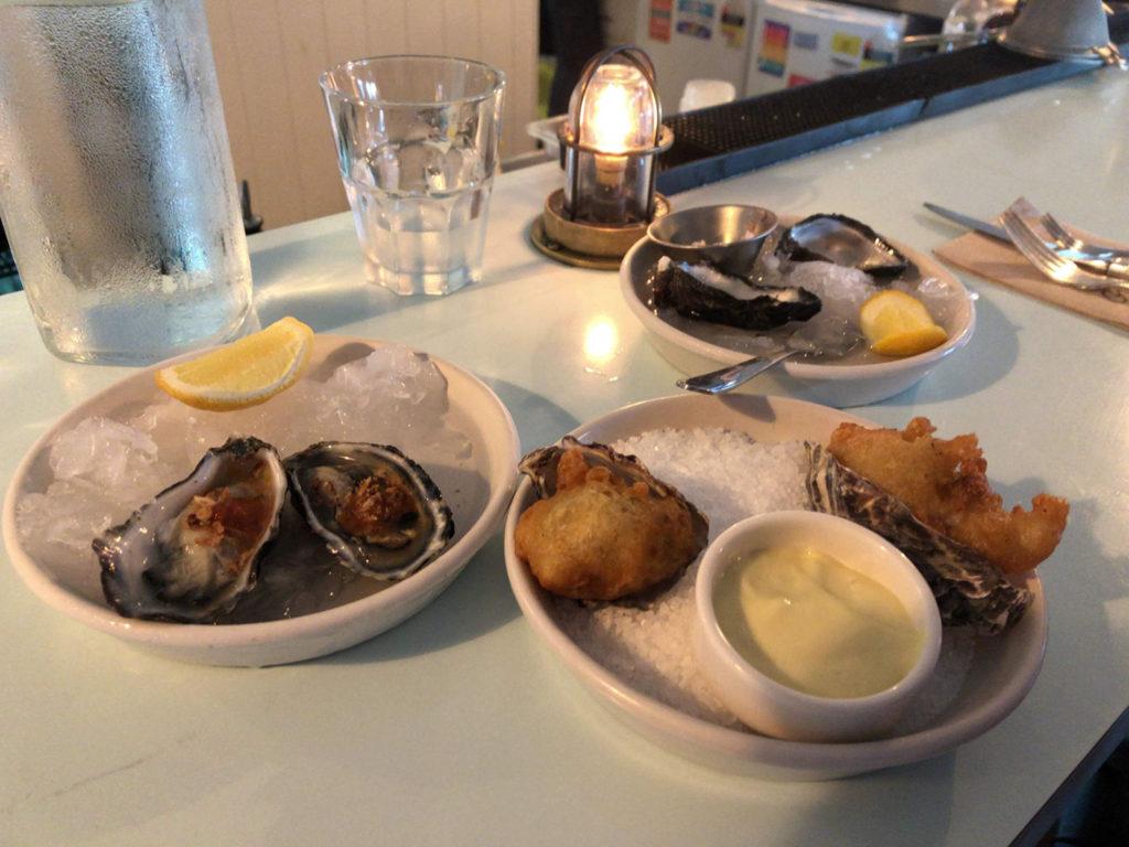 牡蠣3種類を食べ比べる