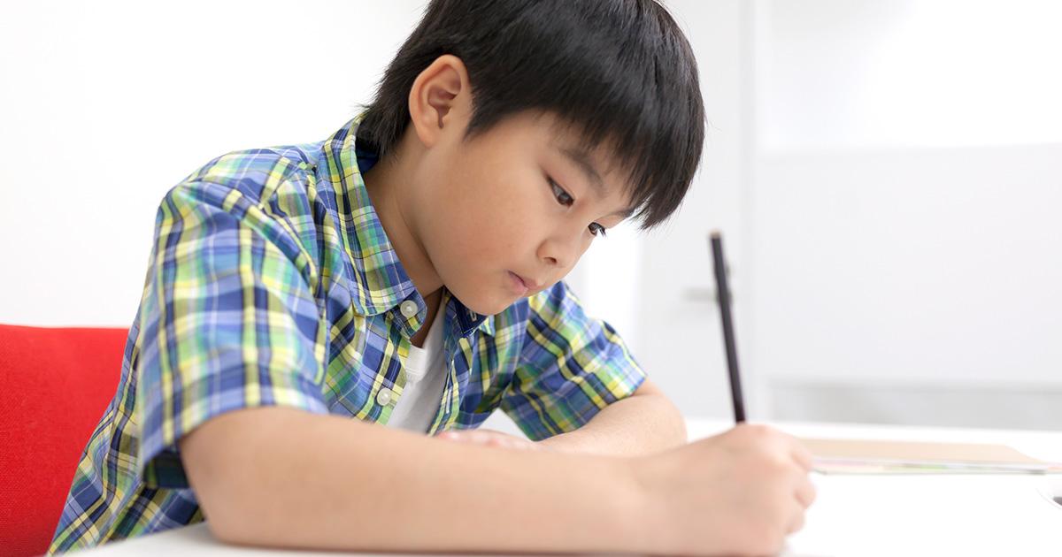 成績が下がって凹み気味の息子に悩む母…どうしたら?