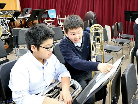 吹奏楽部の練習風景