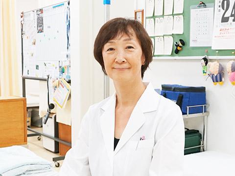 病院での看護師勤務を経て、昭和63(1988)年から日大豊山に勤める佐藤恵子先生