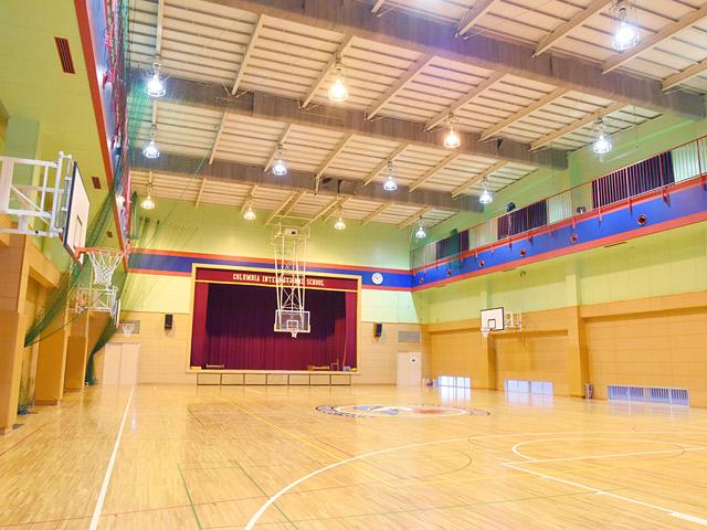 広々と使える体育館