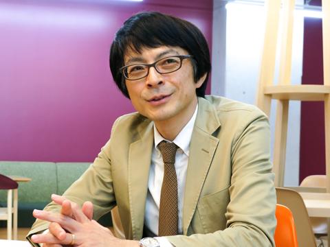 「まずは何でも自由にやってみて。私たちがフォローします」と石井先生。
