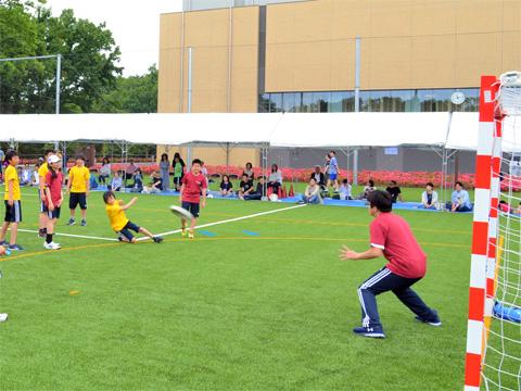 初めてのスポーツフェスに採用された種目は、体力差に関係なくみんなが楽しみながら参加できるものになりました。