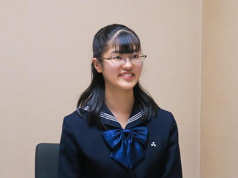 特進留学コース 高校3年生 稲垣萌梨さん
