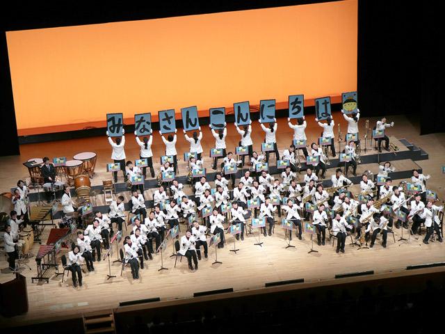 入学式 吹奏楽部歓迎演奏