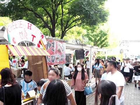 取材当日は文化祭が開催されており校内は活気で溢れていました