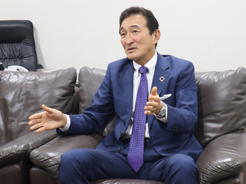 理事長・校長の渡邉美樹先生