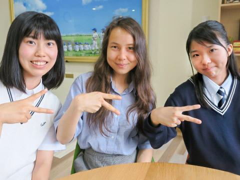 ティファニーさんと椎名さんと山本さん