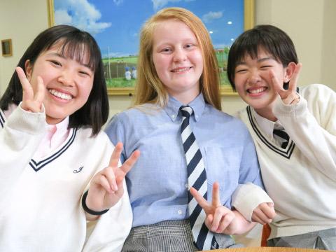 エマさんと金澤さんと山田さん