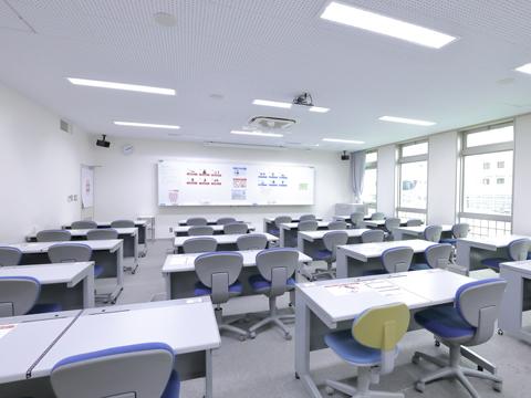 放課後学習や自学自習のサポート、自らの学習管理などを目的とした施設「K-SAMT」