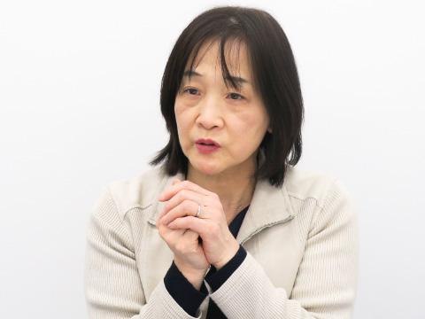進路指導係主任の安達京子先生