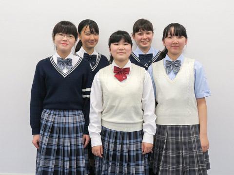 小山さん、大石さん、中野さん、ラリモアさん、久保さん